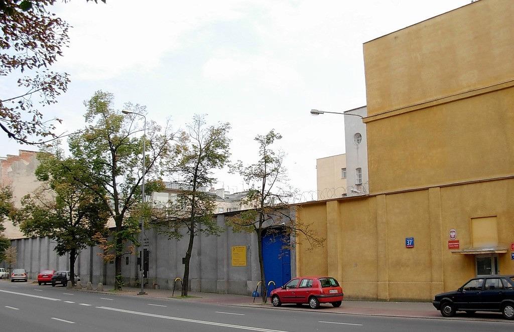 Ul. Rakowiecka 37