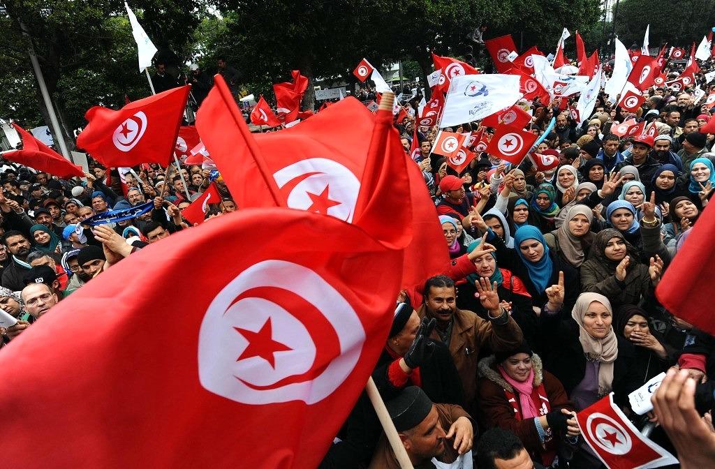 la-fg-wn-tunisia-arab-spring-democracy-2014011-001