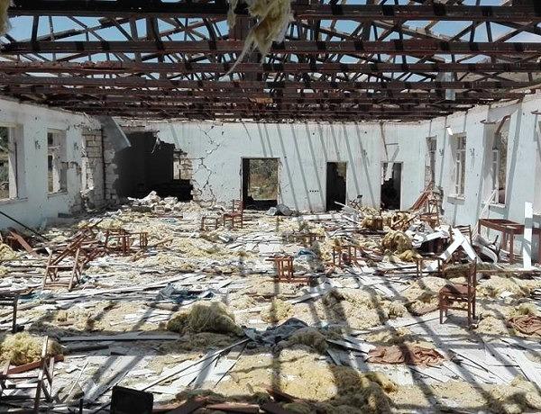 Sala weselna w Talisz, w Górskim Karabachu, zniszczona w czasie kwietniowych walk / Fot. Tomasz Grzywaczewski